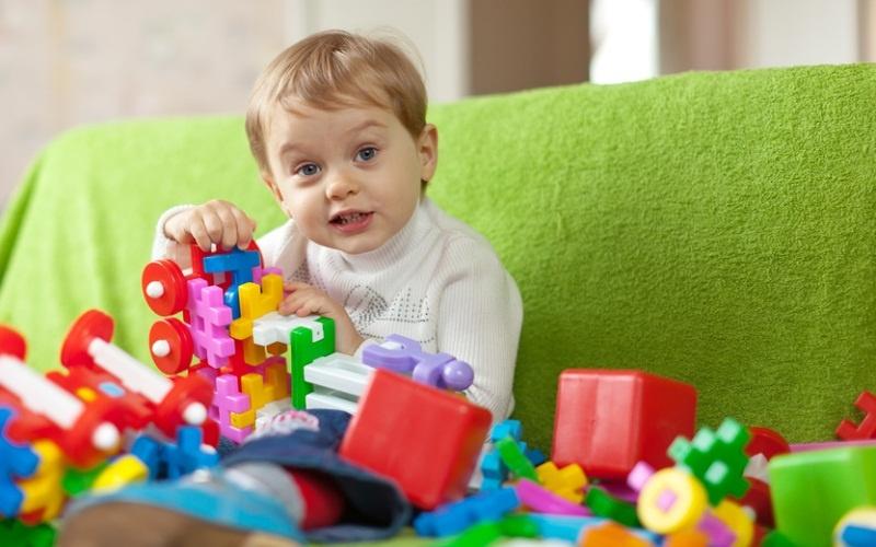 Что можно подарить двухлетнему ребенку